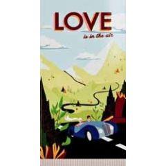 wenskaart - cadeau envelop - love is in the air - auto met bruidspaar
