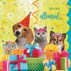 felicitatiekaart cuddles - van ons allemaal... - dieren met cadeaus