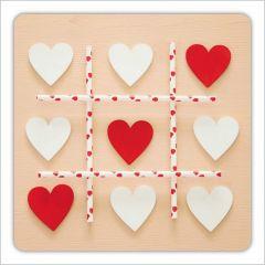 vierkante ansichtkaart met envelop - hartjes - drie op een rij