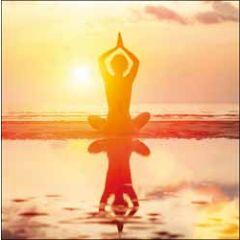 wenskaart woodmansterne - yoga op het strand