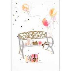 felicitatiekaart - bank met kitten, cadeaus en ballonnen