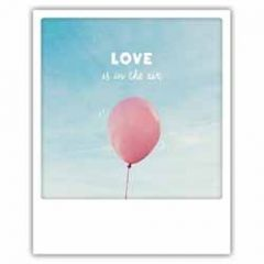 ansichtkaart instagram pickmotion - love is in the air - ballon